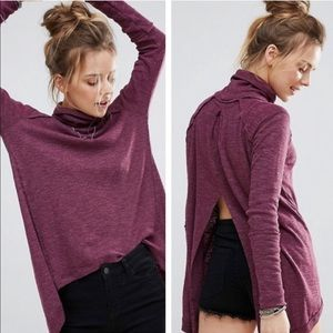 Free People split back turtleneck sweater Sz L